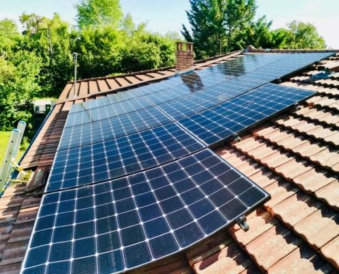 Panneaux solaires à Priay