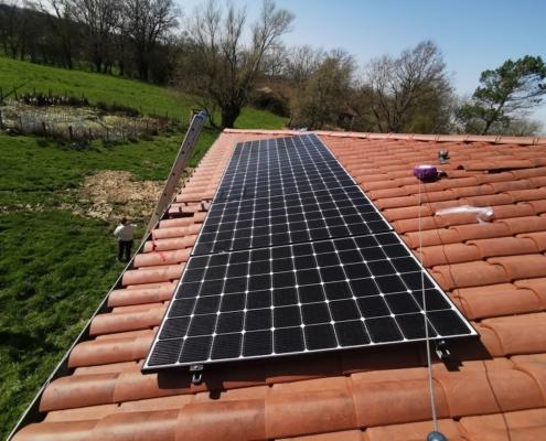 Installation de panneaux solaires à Saint-Martin-le-Chatel